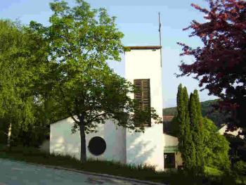 Kirche von der Rosegger-Straße aus